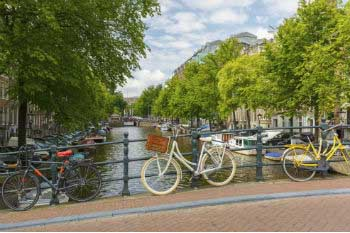 Amsterdam, one of the best cities in sustainable transport