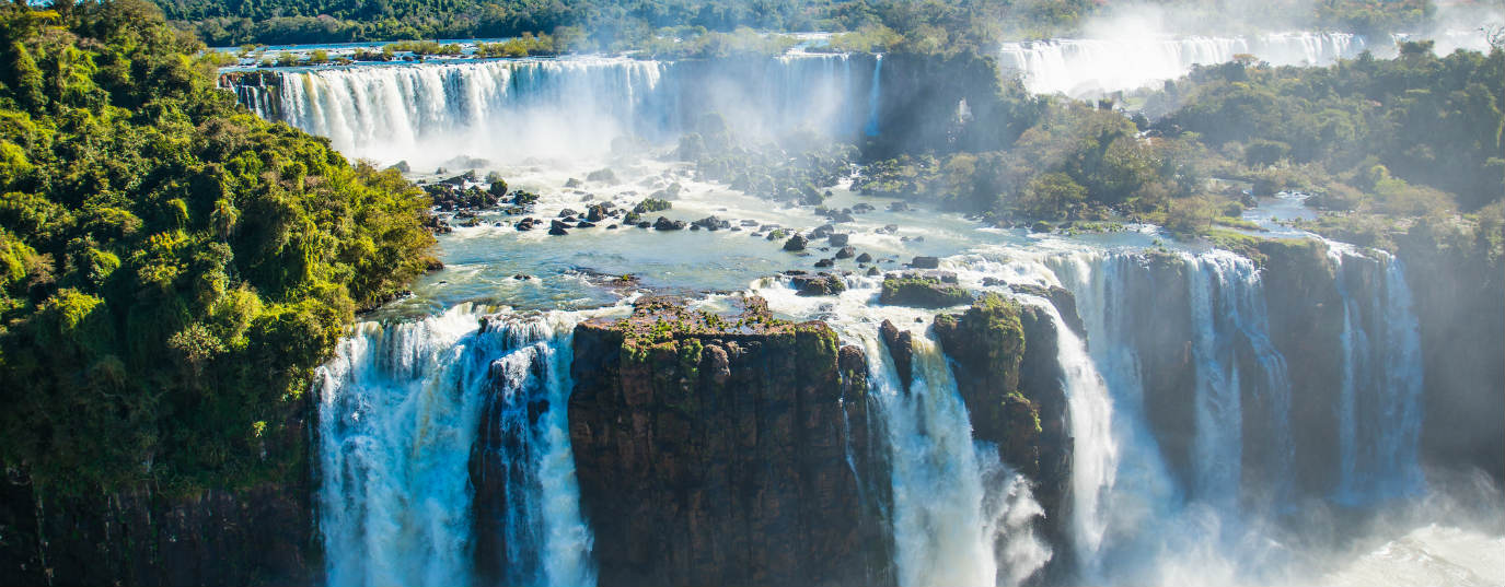 <p>Iguazú National Park and Reserve (Argentina and Brazil)</p>